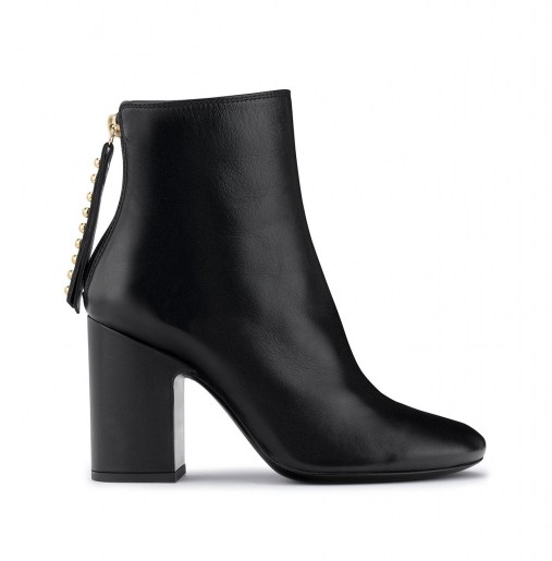 Leather ankle boot with heel