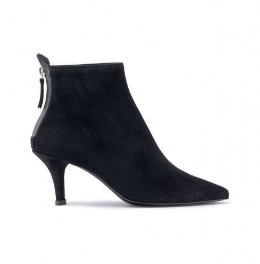 Suede ankle boot_side